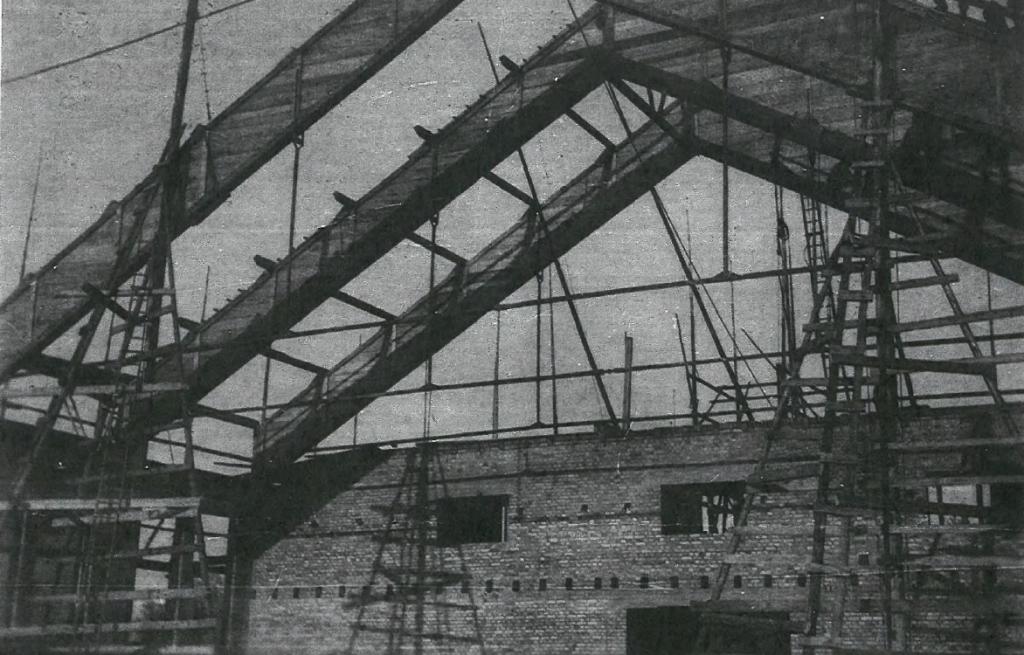 Bau der Reithalle Achern: Französische Offizierschule
